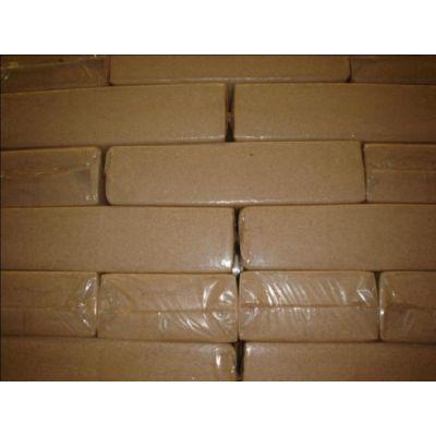 Vuren zaagsel 1e kwaliteit, geperste zakken, 18 pallets (1400 balen)
